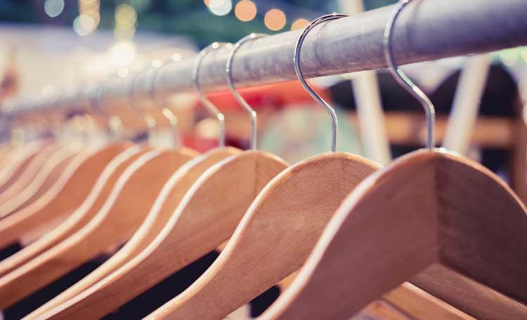 Retail Hangers (image)