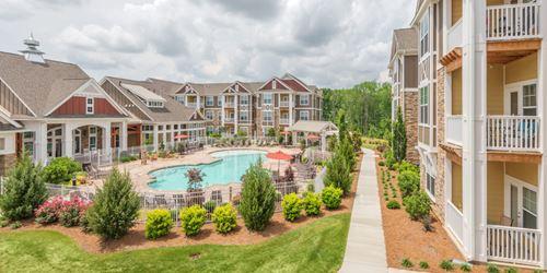 Pavilion Village Apartments Atlanta