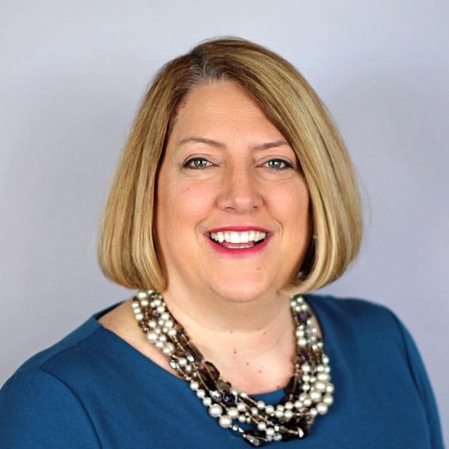 Melissa Bach (image)