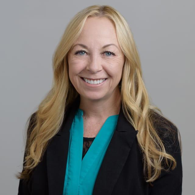 Leesa Fallon Tampa Senior Brokerage Specialist