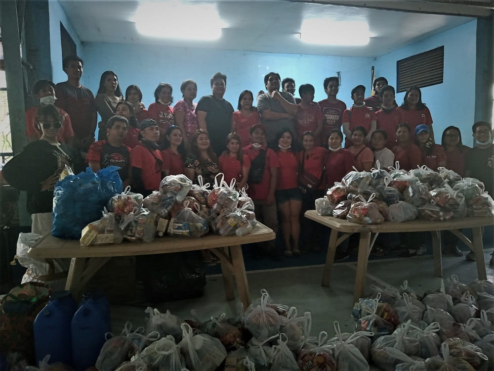Filipinas with the Biggest Hearts