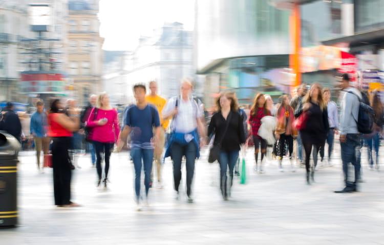 People London street blurred