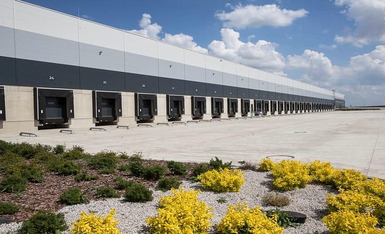 Warehouse, logistics