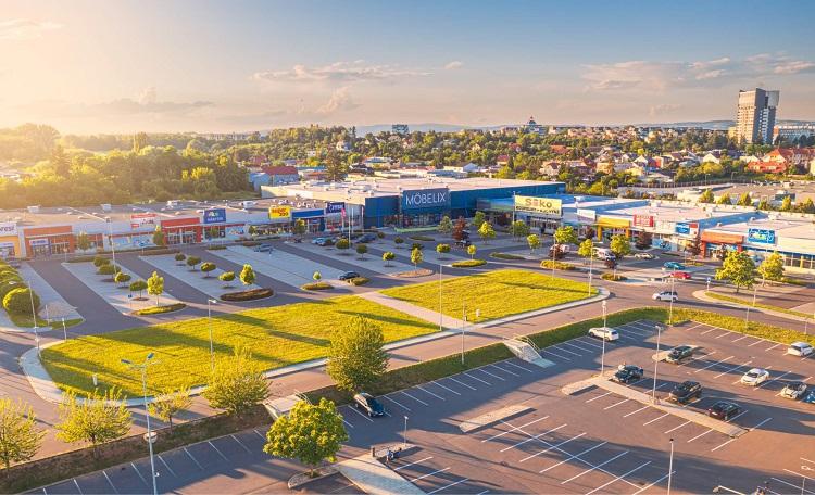 Retail park Haná