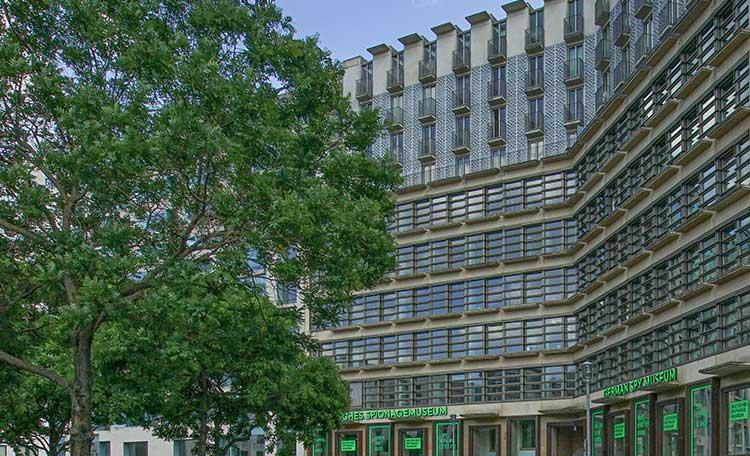 Cushman & Wakefield vermittelt Bürofläche an Friedrich Graf von Westphalen & Partner