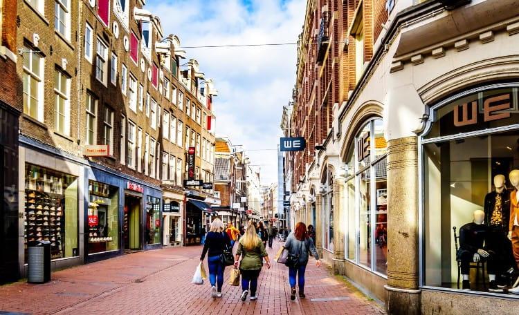 Kalverstraat card image