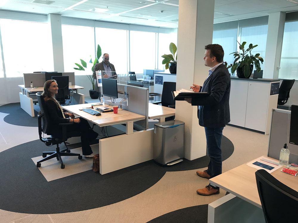 TUV certificering 6 feet office