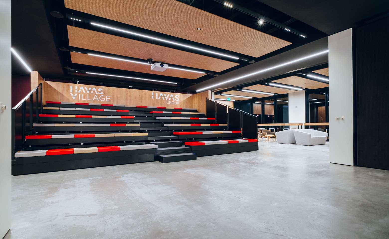 CW-nuevas-oficinas-havas-group-havas-village-madrid-auditorio