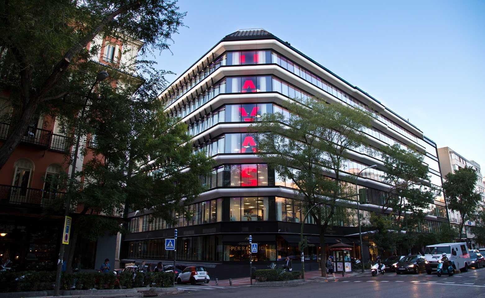 CW-nuevas-oficinas-havas-group-havas-village-madrid-fachada