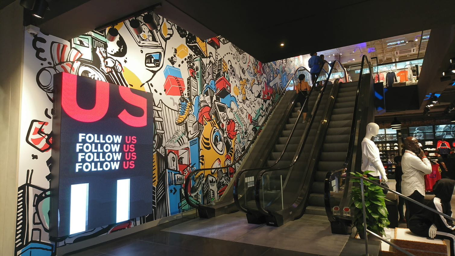 how-foot-locker-puts-customer-experience-first-in-hong-kong-3