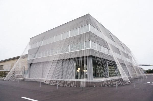 learning-from-the-best-how-the-japanese-earthquake-proof-their-buildings-5-600x398