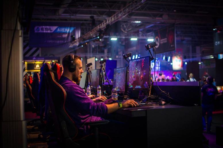 eSports Competitor